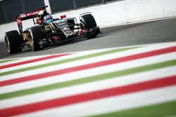 Jolyon Palmer, Lotus F1 E23 piloto de prueba y de rserva con el equipo sensor en la rueda delantera