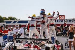 冠军:Jota车队38号吉博森015S-日产:西蒙·杜兰、菲利佩·奥布克奇、哈里·廷克内尔