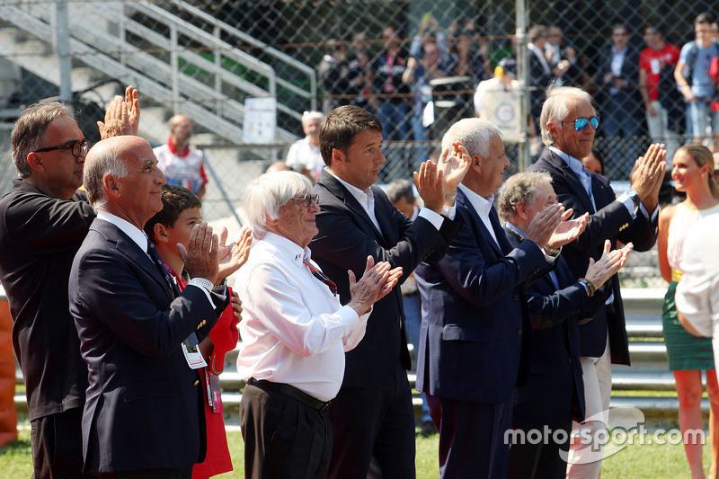 Dr. Angelo Sticchi Damiani, ACI-CSAI-Präsident; Sergio Marchionne, Ferrari-Präsident; Bernie Ecclest