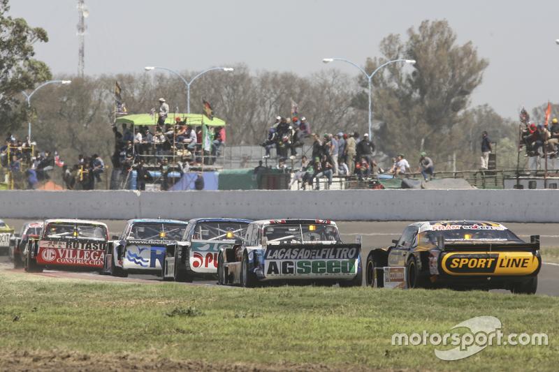 Leonel Pernia, Las Toscas Racing Chevrolet and Emanuel Moriatis, Alifraco Sport Ford and Josito di P