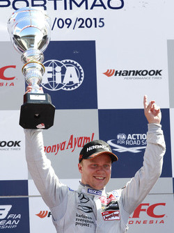 Race 3 winner Felix Rosenqvist, Prema Powerteam