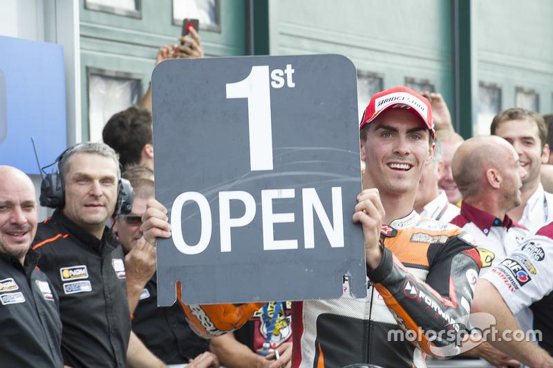 Open переможець класу Лоріс Баз, Forward Racing Yamaha