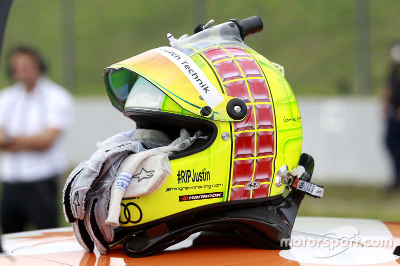 Helmet of Jamie Green, Audi Sport Team Rosberg Audi RS 5 DTM