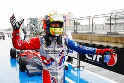 Yarış galibi Ben Barnicoat, Fortec Motorsports