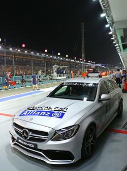 Das FIA Medical-Car