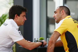 Toto Wolff, Mercedes AMG F1 Shareholder and Executive Director with Cyril Abiteboul, Renault Sport F1 Managing Director