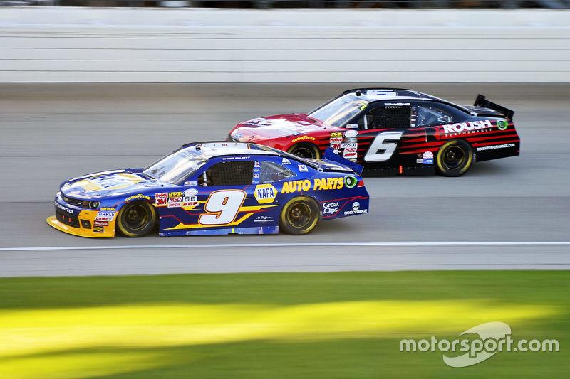 Чейз Елліот, JR Motorsports Chevrolet та Даррелл Уоллес-молодший, Roush Fenway Racing Ford