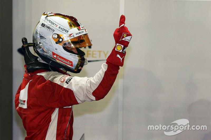 1. Sebastian Vettel, Ferrari, feiert im Parc Fermé