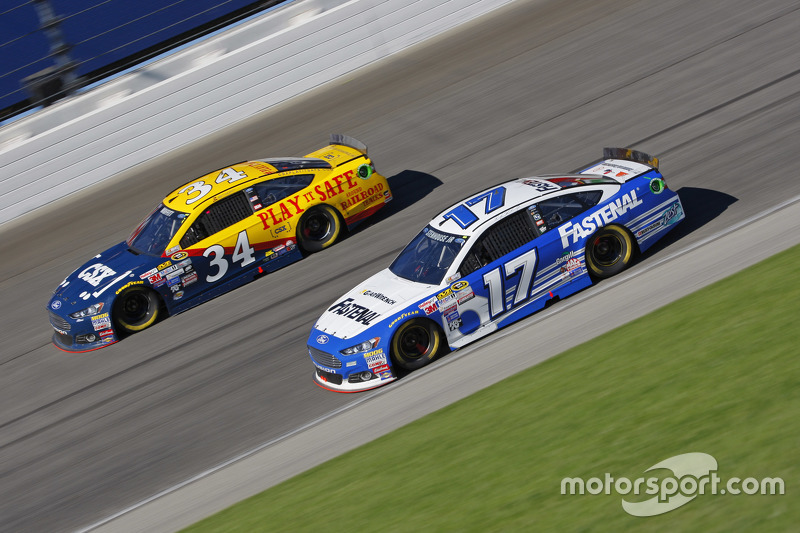 Ricky Stenhouse Jr., Roush Fenway Racing Ford; Brett Moffitt