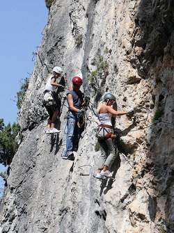 Formula Unas girls in a mountain climbing expedition: Katja Semenova and Rebecca Blomgren