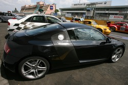 Audi R8 service vehicle