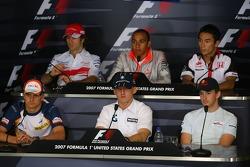 Ярно Трулли, Toyota Racing и Льюис Хэмилтон, McLaren Mercedes, Такума Сато, Super Aguri F1, Хейкки Ковалайнен, Renault F1 Team, Роберт Кубица, BMW Sauber F1 Team и Скотт Спид, Scuderia Toro Rosso
