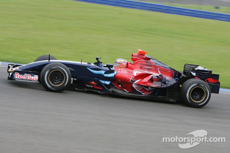 2007: Toro-Rosso-Ferrari STR2