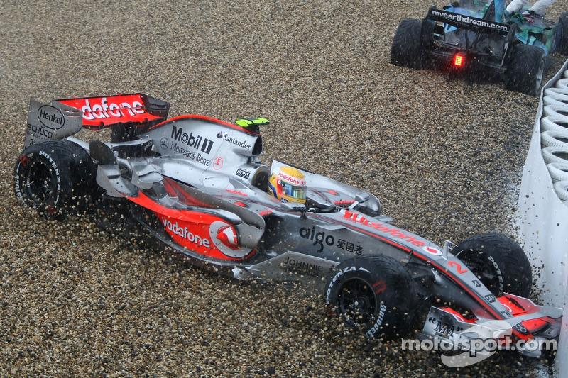 Льюс Хемілтон, McLaren Mercedes, MP4-22