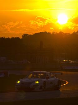 #71 Tafel Racing Porsche 911 GT3 RSR: Wolf Henzler, Robin Liddell