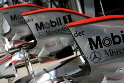 McLaren Mercedes, MP4-22 engine covers