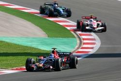 Vitantonio Liuzzi, Scuderia Toro Rosso, STR02, Anthony Davidson, Super Aguri F1 Team, SA07