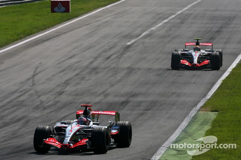 Fernando Alonso, McLaren Mercedes, Lewis Hamilton, McLaren Mercedes