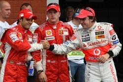 Clasificación resultados 2do lugar Felipe Massa, Scuderia Ferrari con 1er lugar Kimi Raikkonen, Scuderia Ferrari y 3er lugar a Fernando Alonso, McLaren Mercedes