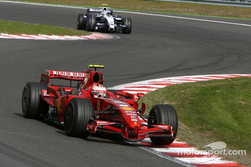 Kimi Raikkonen, Scuderia Ferrari, F2007, Alexander Wurz, Williams F1 Team, FW29