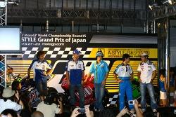 Fan fest at Motegi: Valentino Rossi, Colin Edwards, Chris Vermeulen, Shinya Nakano and Carlos Checa
