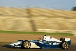 Адриан Кампос, руководитель команды Campos Grand Prix ведет машину класса GP2