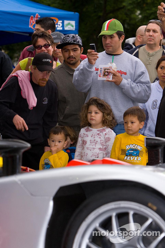 Kids, both young and old, enjoy the ALMS cars
