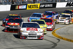 Jeff Green leads a pack of cars