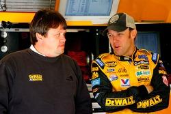 Crew chief Robbie Reiser speaks with Matt Kenseth