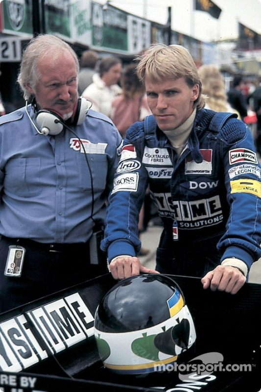 Stefan Johansson with Tyrrell designer Maurice Philippe
