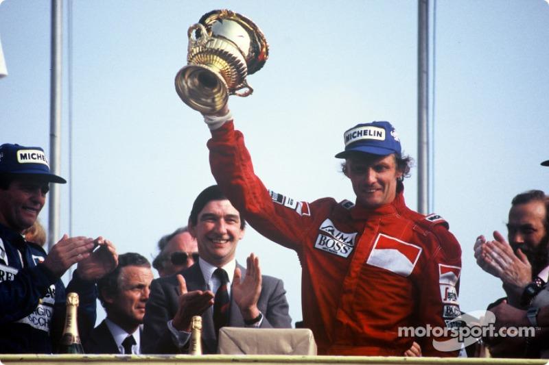 9º Niki Lauda (25 victorias)