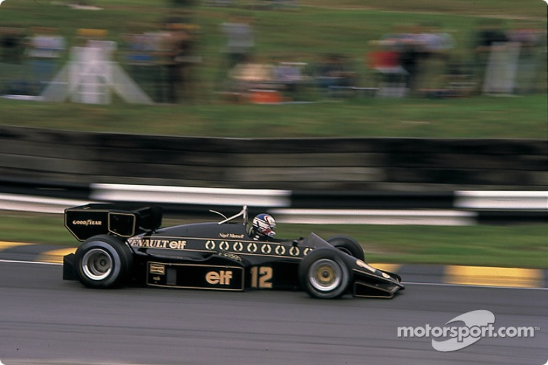 No GP de Dallas de 1984, Nigel Mansell ficou sem combustível a poucos metros da linha de chegada. Em um ato de desespero, desceu do carro para empurrá-lo, mas desmaiou e acabou em sexto.