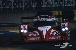 #28 Toyota Motorsport Toyota GT-One: Martin Brundle, Emmanuel Collard, Eric Hélary