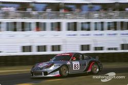 #83 Barbour Racing Porsche 996 GT3-R: Dirk Müller, Bob Wollek, Lucas Luhr