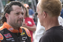 Tony Stewart talks with Morgan Shepherd