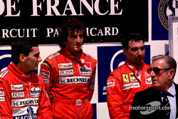 Podium: race winner Alain Prost with Ayrton Senna and Michele Alboreto