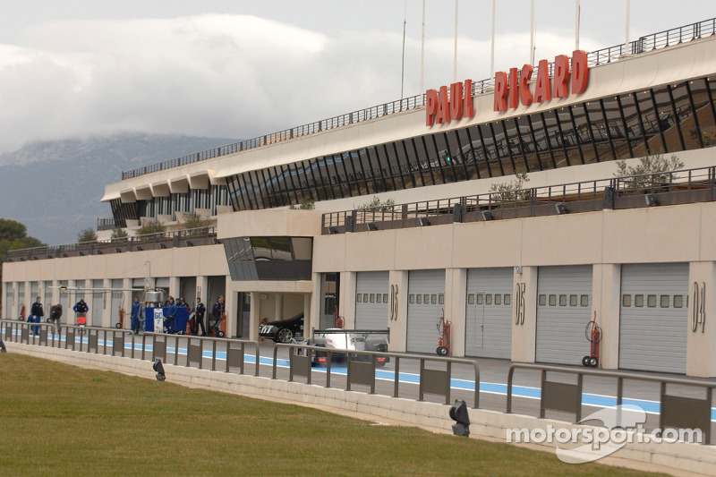 Circuit Paul Ricard pitlane