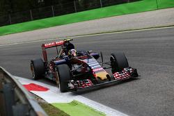 Carlos Sainz Jr, Scuderia Toro Rosso, STR10