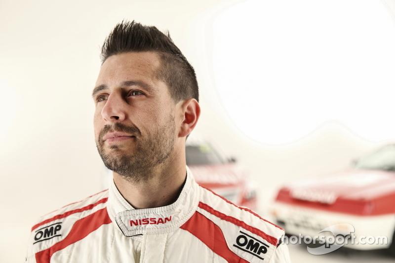 Michael Caruso, Nissan Motorsports ve özel retro renk düzeni