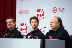 Günther Steiner, Teamchef Haas F1 Team, Romain Grosjean, Haas F1 Team, und Gene Haas, Besitzer Haas F1 Team