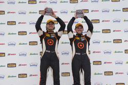 ST pemenang balapan #75 Compass360 Racing Audi S3: Paul Holton, Kyle Gimple