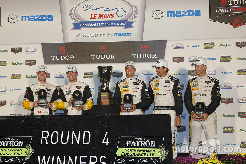 North American Endurance Challenge GT winners Jan Magnussen, Antonio Garcia, Corvette Racing, P winners Joao Barbosa, Christian Fittipaldi, Sébastien Bourdais, Action Express Racing
