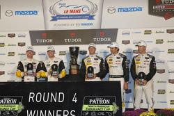 North American Endurance Challenge GT winners Jan Magnussen, Antonio Garcia, Corvette Racing, P winners Joao Barbosa, Christian Fittipaldi, Sébastien Bourdais, Action Express Racing