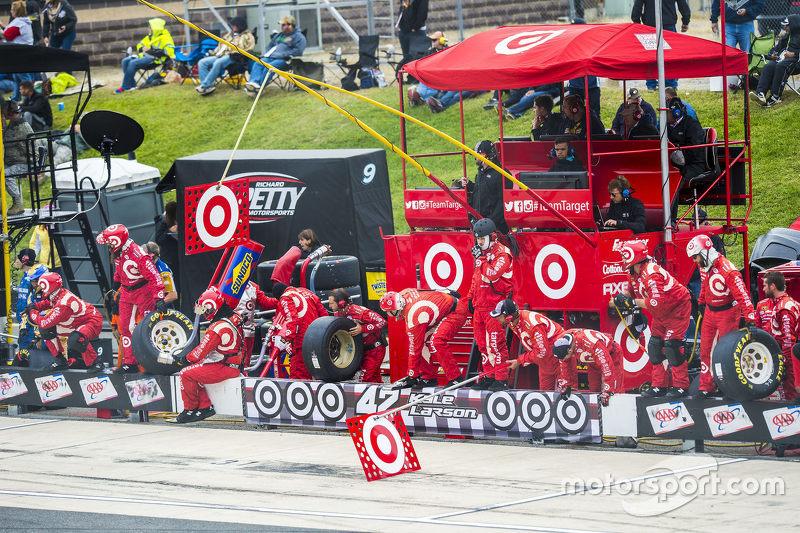 Chip Ganassi Racing prepare для a pitstop