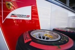Pneus Pirelli pour Ferrari