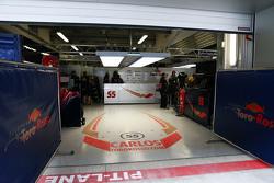 Гараж Карлоса Сайнса мл., Scuderia Toro Rosso