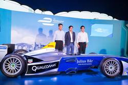 Una monoposto di Formula E a Hong Kong con Nelson Piquet Jr.