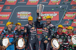 Podium: 1. Craig Lowndes und Steven Richards, Triple Eight Race Engineering, Holden; 2. Mark Winterbottom und Steve Owen, Prodrive Racing Australia, Ford; 3. Garth Tander und Warren Luff, Holden Racing Team