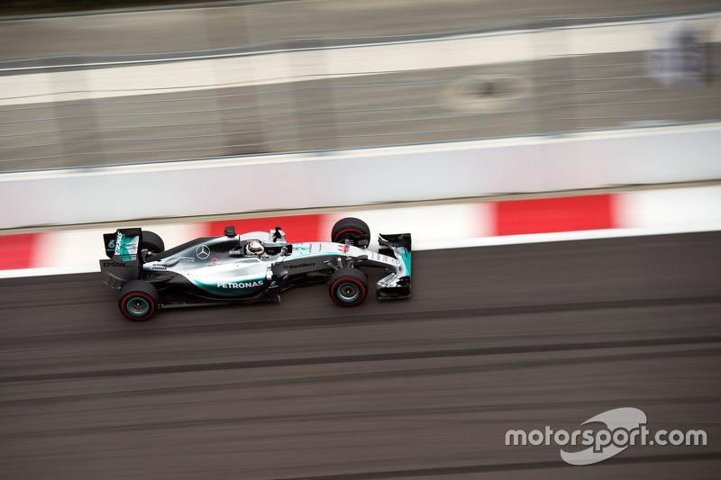 2015 Rusya GP: Lewis Hamilton, Mercedes AMG F1 W06