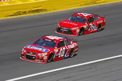 Jimmie Johnson, Hendrick Motorsports Chevrolet and Josh Wise, BK Racing Toyota